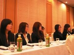 学術研修会に初めて参加した新人職員