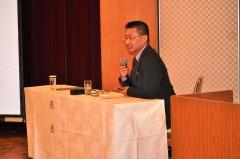 委員会報告の座長:雨宮範幸手術部長