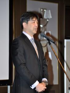 池上仁志院長より委員会報告、各演題に対しての評価と研修会を総括しての講評